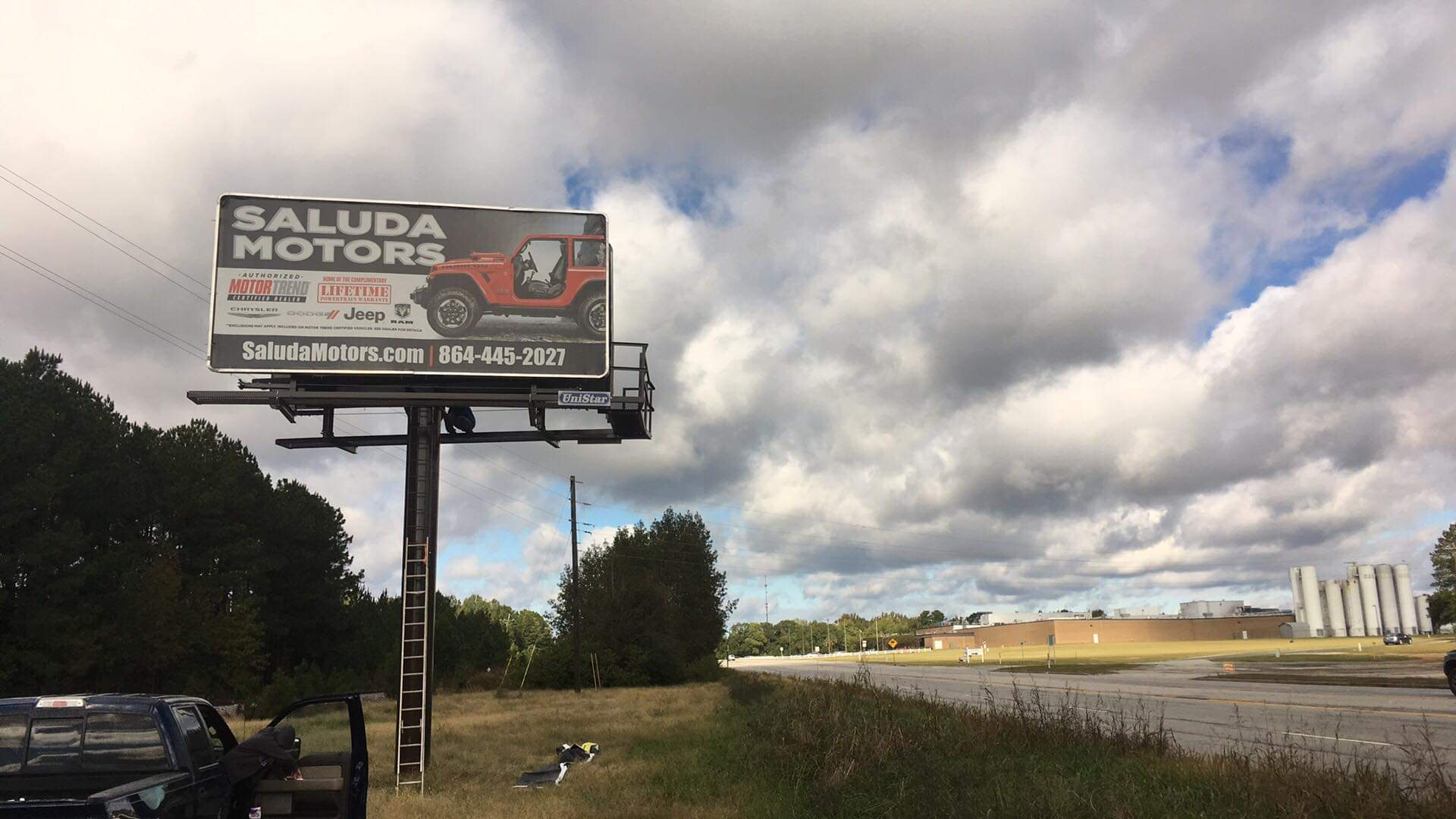 Outdoor-Advertising-Oct-9-19-Sign #SC291.2 WB LHR Approach